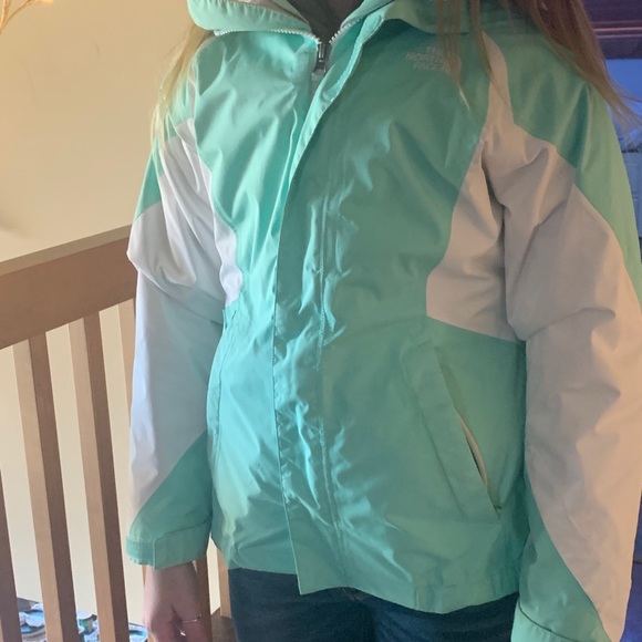 North face jacket w gray north face liner. 2 for 1